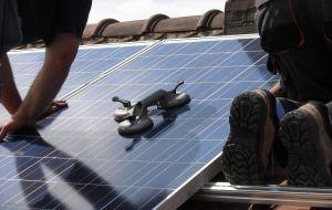 בדיקה תקופתית של מערכות סולריות