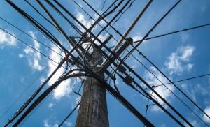 זרם חשמל מתח גבוה