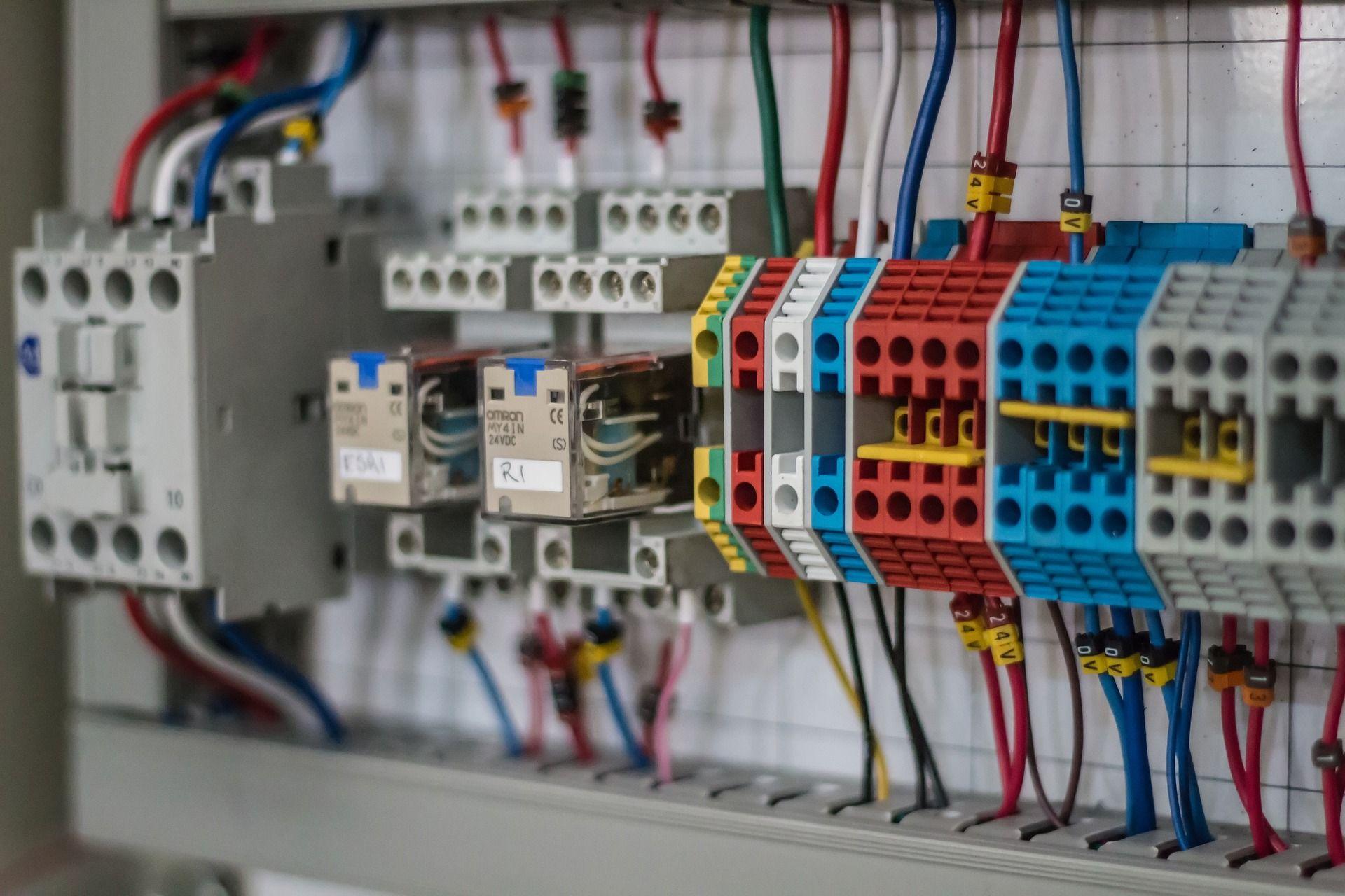 לוחות חשמל ביתיים