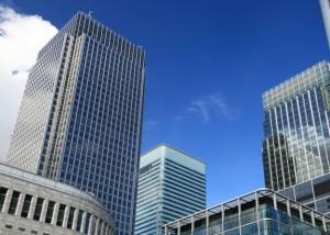בדיקת מתקני חשמל בבנייני קומות