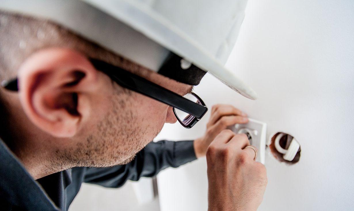 תפקידו של מפקח חשמל